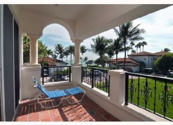 15422 Fisher Island Dr Unit: 15422